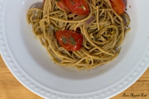 Whole wheat pasta garlic pesto
